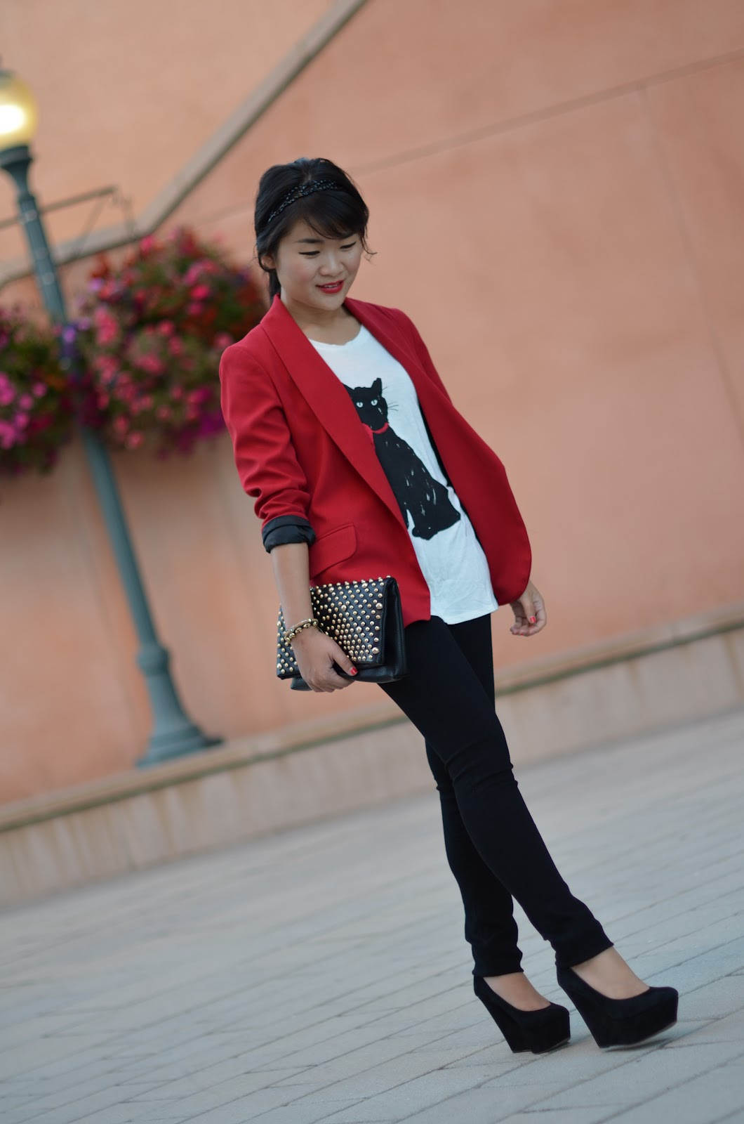 forever 21 red blazer, jason wu for target cat shirt, jason wu for target milu shirt, jason wu for target black cat, citizens of humanity black skinny stretch leggings axle wash, citizens of humanity black stretch jeans, citizens of humanity axle wash, sam edelman quinn, forever 21 black studded clutch
