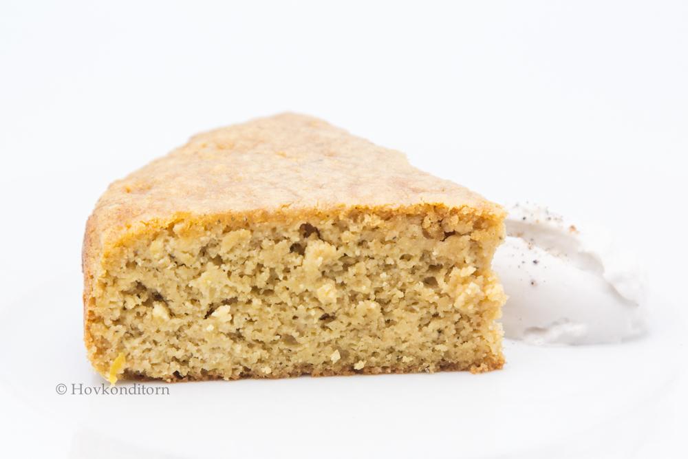 Hovkonditorn: Gluten-free Apple Cardamom Cake