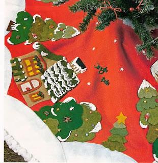 pie de arbol navideno en fieltro 1 corta un circulo de pano de color