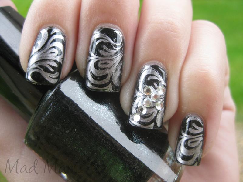 Ghetto Gothic Fab Nails Lady