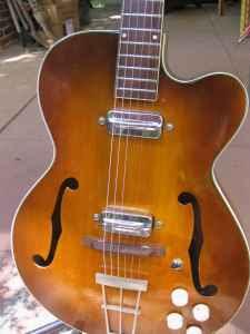 Craigslist Vintage Guitar Hunt: 1959 Kay N-1 w/ OHSC in ...