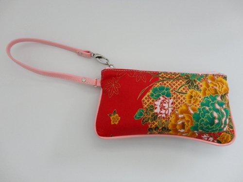 Fancy mobile purse pattern