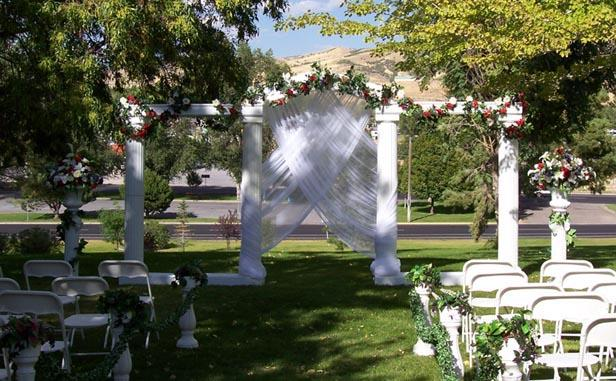 Wedding Outside Decorations