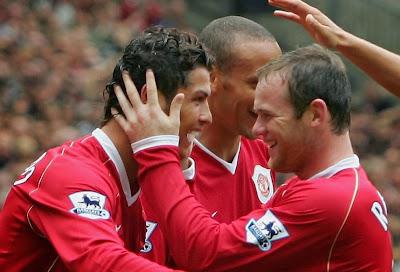 Cristiano Ronaldo dan Wayne Rooney