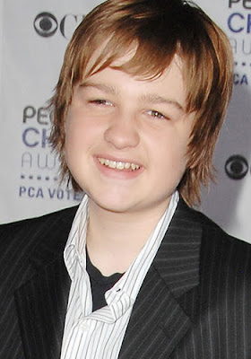 actores cinematograficos Angus T Jones