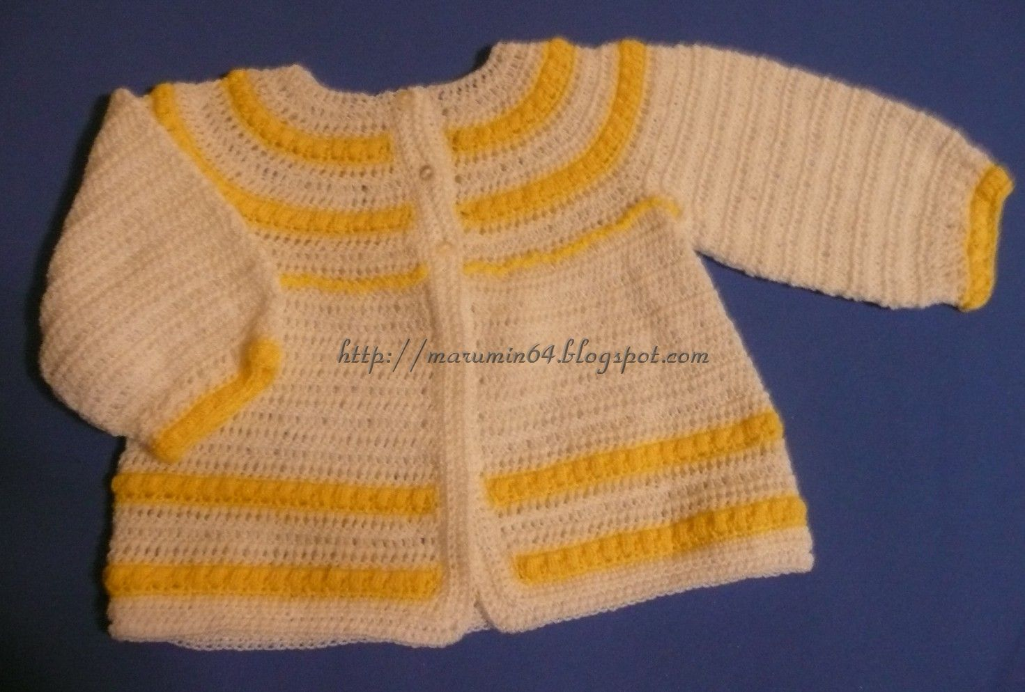 Chaqueta CR Blanco con Punto Bolita / RY Baby Jacket with Yellow Puff