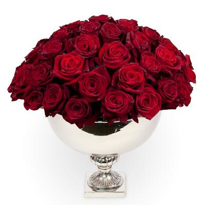 champagneskål med röda rosor, röda rosor, blommor till alla hjärtans dag, alla hjärtans dag