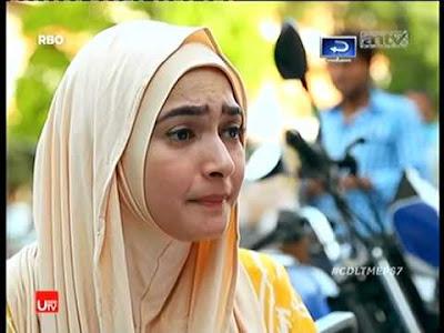 Jilbab Najwa Cinta Di langit Taj Mahal