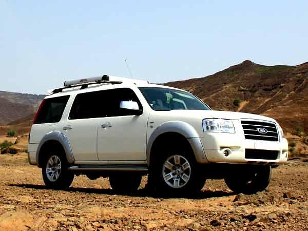 Brand Ford & Ford Endeavour ~ ROY DRIVING SCHOOL markmcfarlin.com