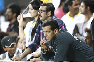 Salman Khan watches Kerala Strikers Vs Mumbai Heroes Match