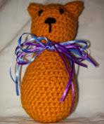 http://translate.googleusercontent.com/translate_c?depth=1&hl=es&rurl=translate.google.es&sl=en&tl=es&u=http://stitchinthenightaway.blogspot.com.es/2012/02/crochet-little-kitten.html&usg=ALkJrhhvV6gpdUQTY94YQvRblXaoNaf-og