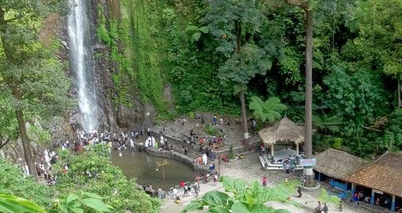 Air Terjun Sedudo Nganjuk Jawa Timur