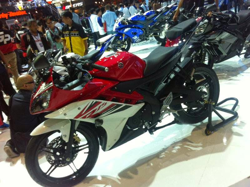 Modifikasi Motor Yamaha R15