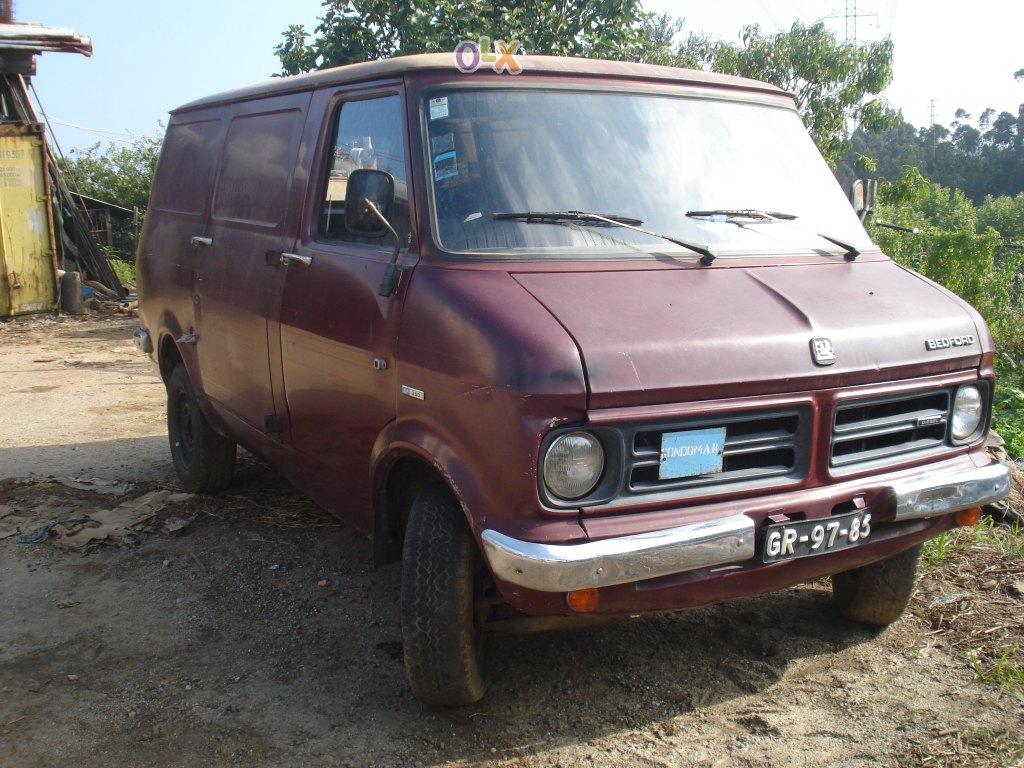 Bedford CF2 Van: Vende-se: Bed...