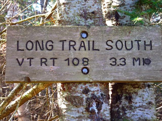 Cartel indicador en el Long Trail en Vermont
