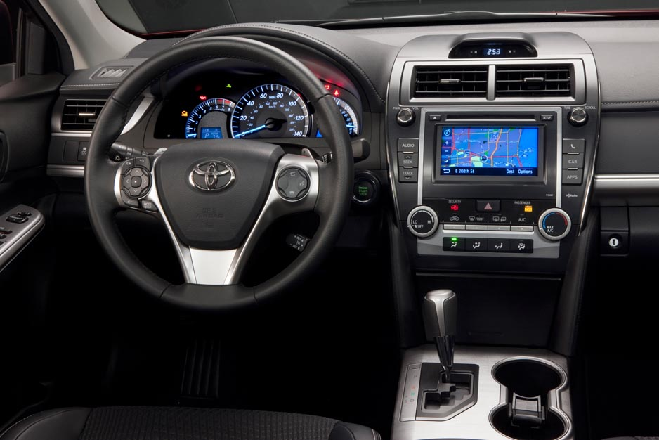 zachs auto review 2012 toyota camry se review