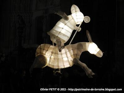 NANCY (54) - Le défilé de la Saint-Nicolas 2011