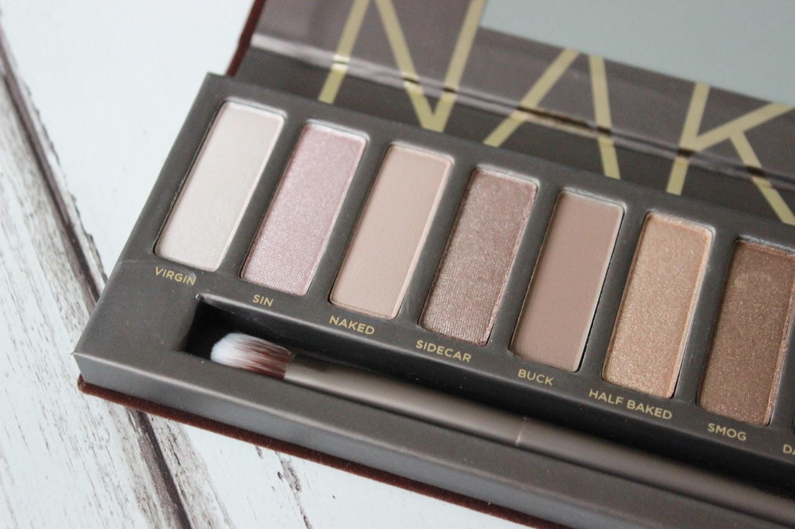 SAFIYAH TASNEEM : FFF: Naked 3 Makeup Look