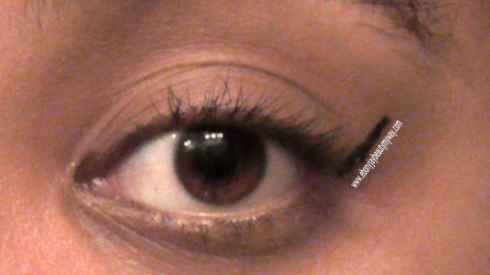 How to wing out eyeliner. Makeup Monday. Ebony Jay Beauty My Way. Ebony J Hardiman