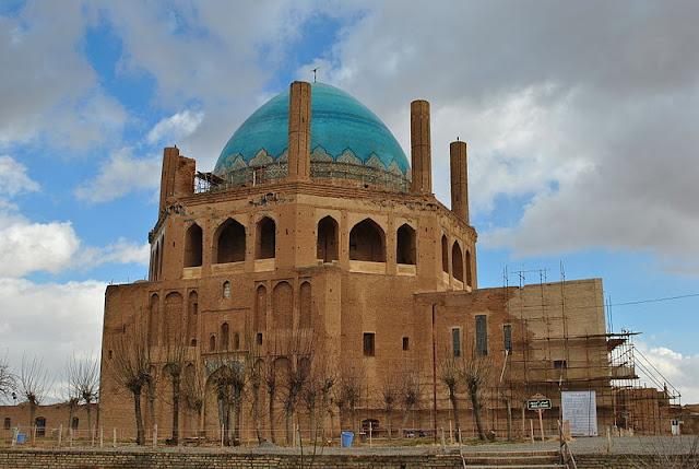 Sultaniye Şehri - Olcaytu Han Türbesi