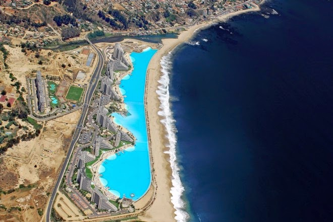 Mindblowing planet earth world 39 s largest swimming pool in chile for Largest swimming pool in the world chile