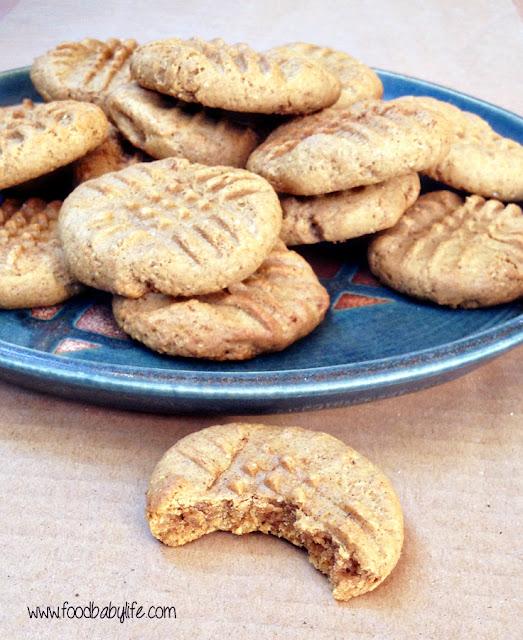 Pumpkin Spice Peanut Butter Cookies © www.foodbabylife.com