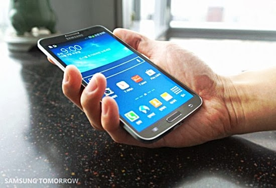 Samsung Galaxy Round hands on review