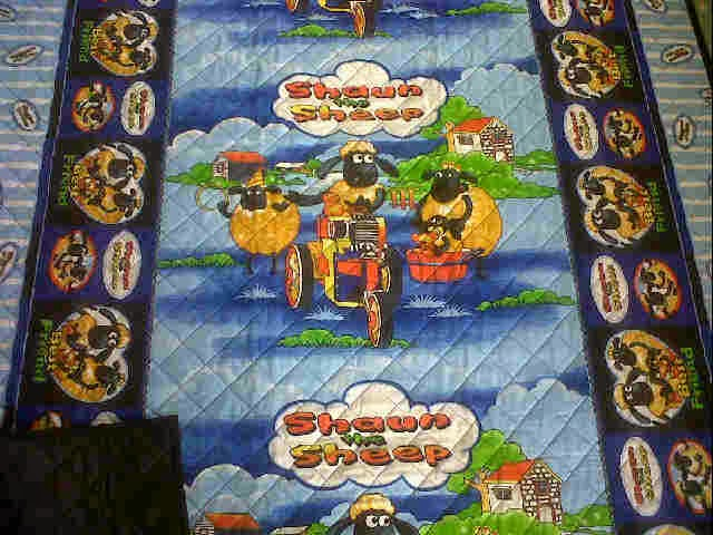 tikar dakron motif shaun the sheep biru