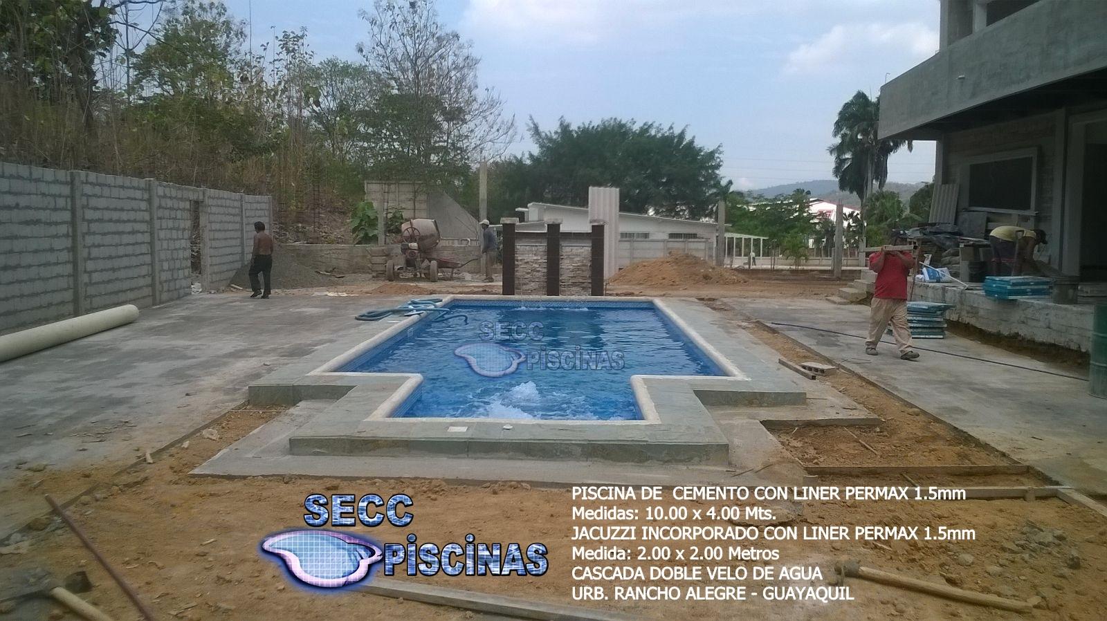 Secc piscinas piscinas con jacuzzi incorporado en liner for Construccion de piscinas en ecuador