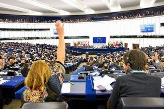 Peter Costea 🔴 Parlamentul European atacă mișcarea pro-familie din România