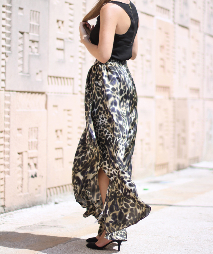 Mango animal print skirt by blogger