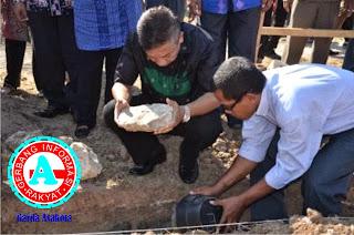 Wawali Letakkan Batu Pertama Masjid  SMPN-1 dan Masjid Baitussalam Jatiwangi
