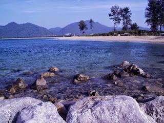 Duh Cantiknya Pantai Pantai di Aceh Besar ini - Pantai Lhok Nga