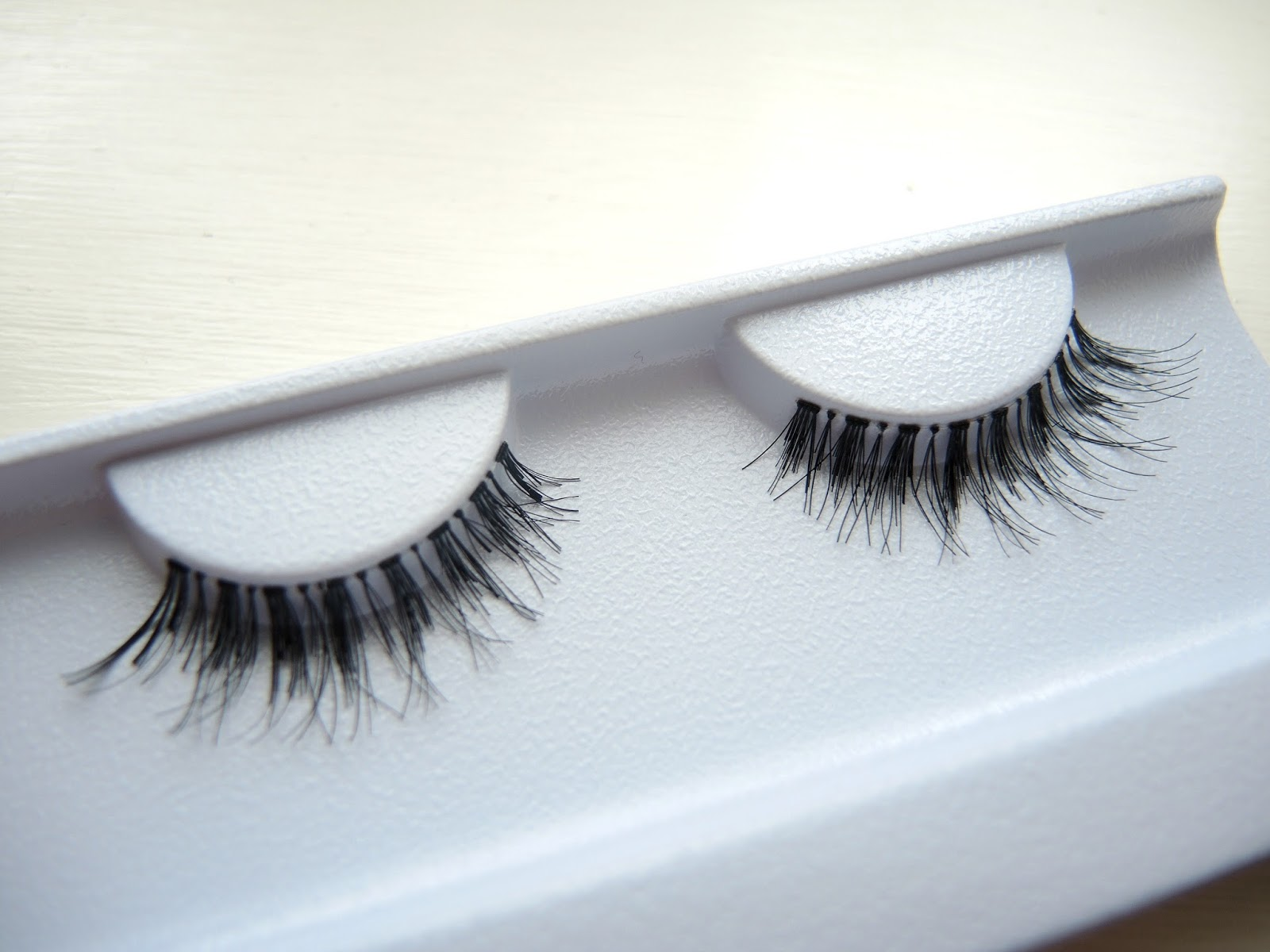 Girls With Attitude False Eyelashes Heart Stopper Review