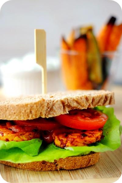 Tempeh Sandwich vegetarian vegan Süßkartoffel Sweet Potato Zucchini Kräuterquark BBQ