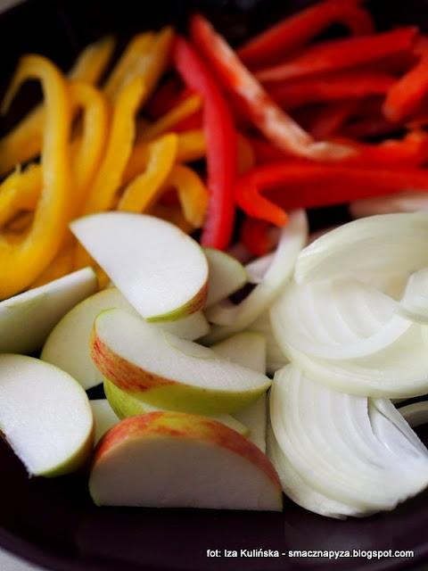 wątróbka z gęsi, warzywa, obiad, drób, gęś, jesienne danie, gęsina, podroby, wątroba, domowe jedzenie, jak u mamy, najlepsze przepisy, najsmaczniejsze dania,