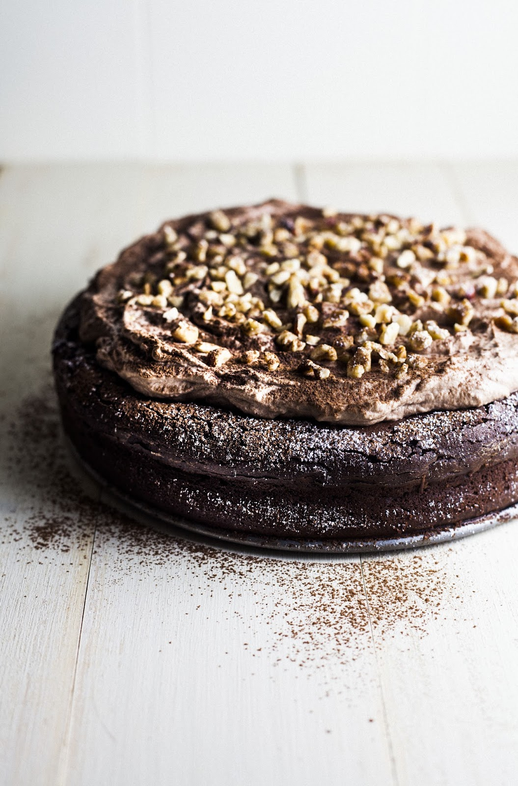 Flourless Chocolate and Hazelnut Cake - hummingbird high || a desserts ...