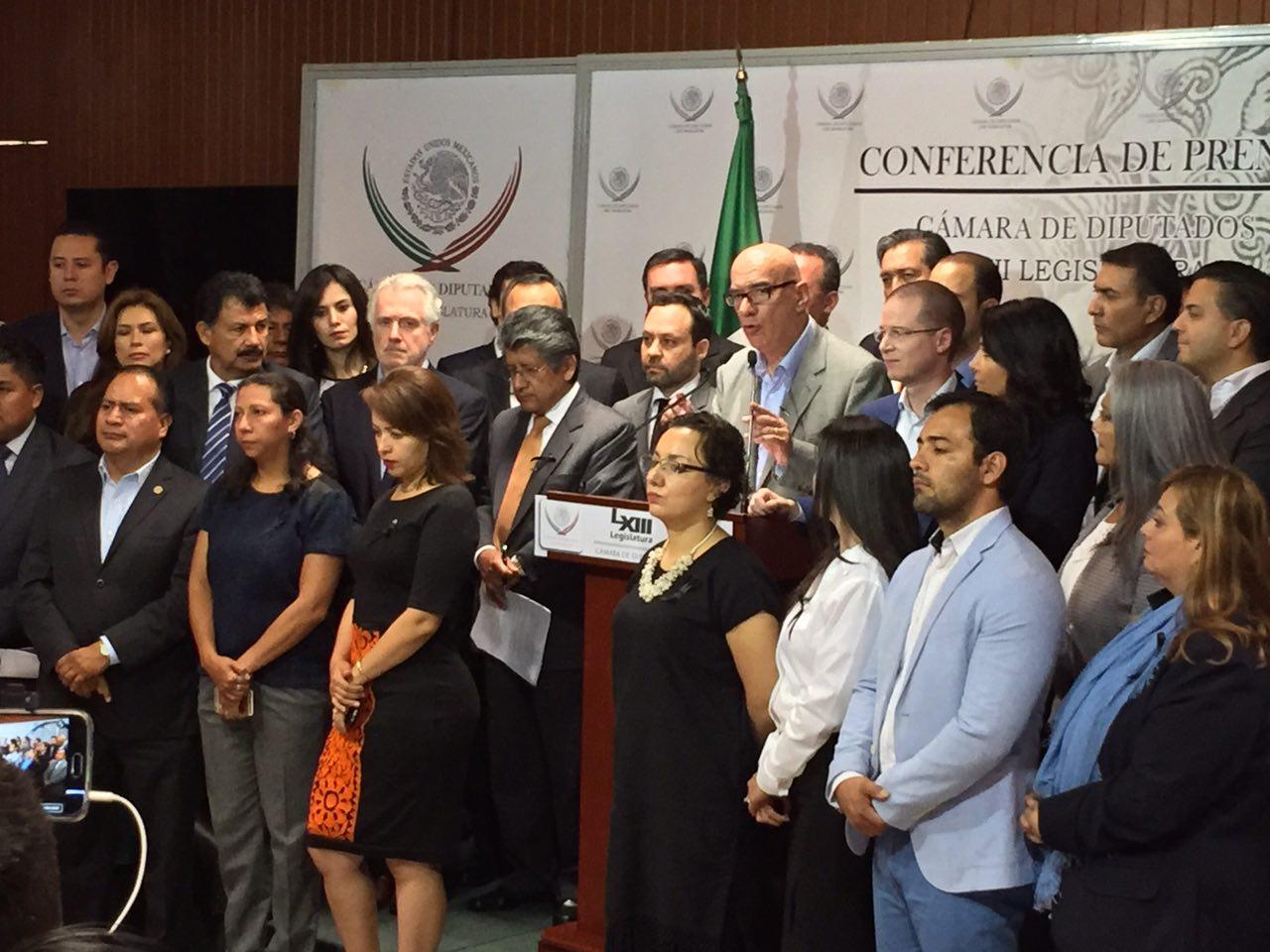 RATIFICA FRENTE CIUDADANO POR MÉXICO RENUNCIA AL FINANCIAMIENTO PÚBLICO Y DEMANDA ELECCIONES AUSTER