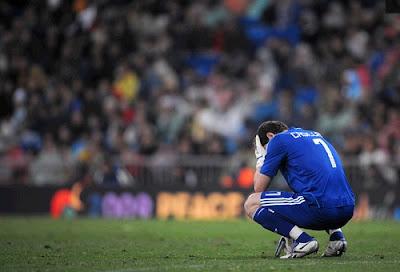 Iker Casillas sad on the field