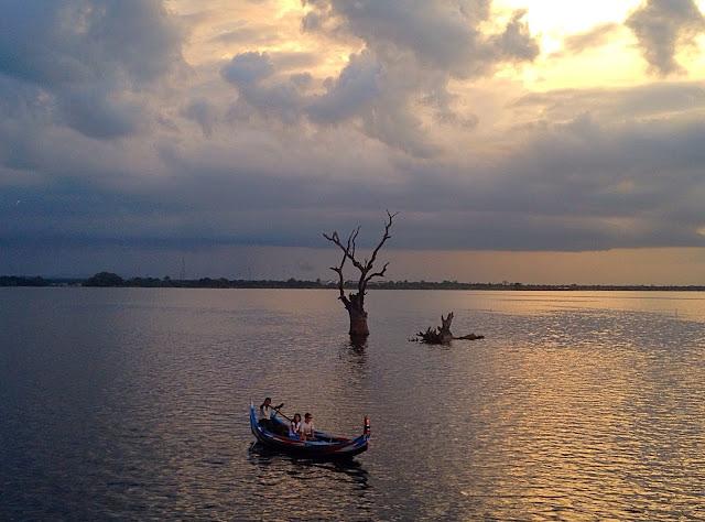 Avventure nel Mondo - Dolce Burma - U Bein Bridge - Sunset