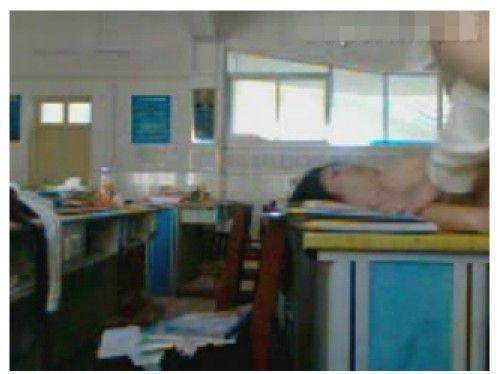 Kieunu.Info 2139 wuhan middle school sex video 4 nrh6 Clip học sinh cấp 3 quan hệ tình dục trong lớp hot nhất Trung Quốc