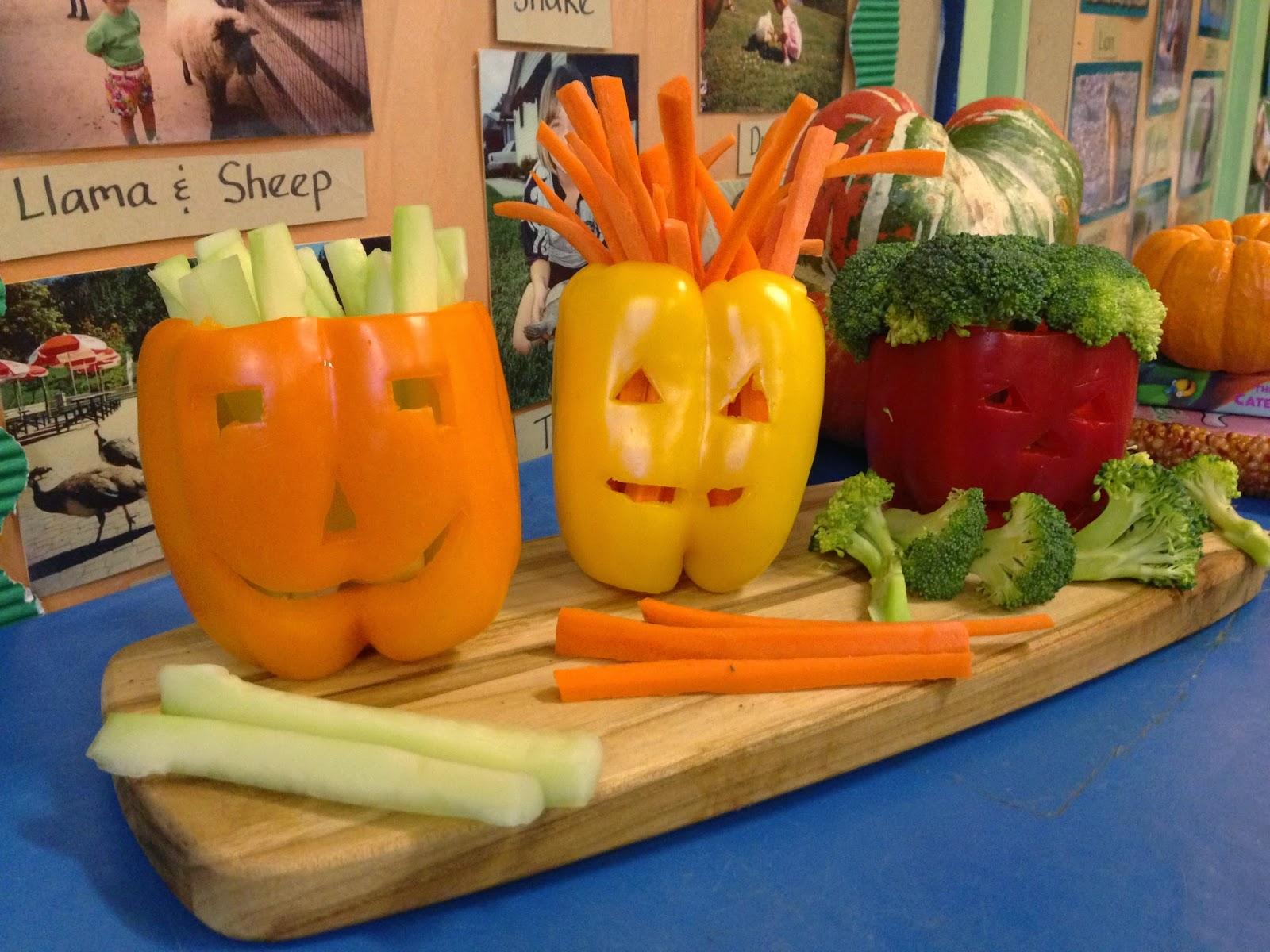 A tale of five thornes preschool halloween parties for Halloween cooking ideas for preschool