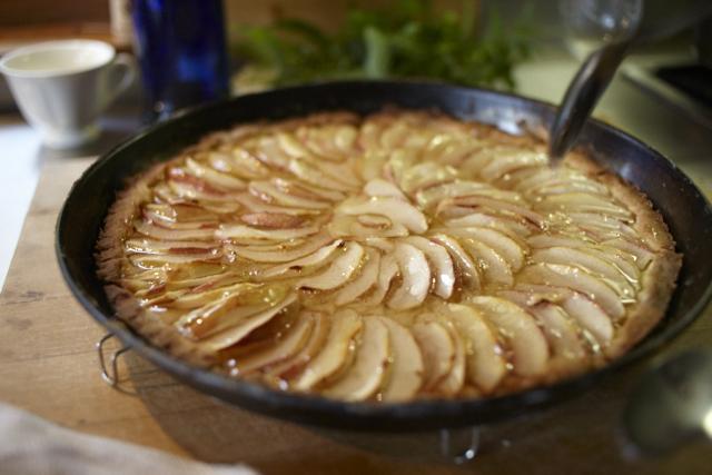 David Tanis Platter of Figs Apple Tart