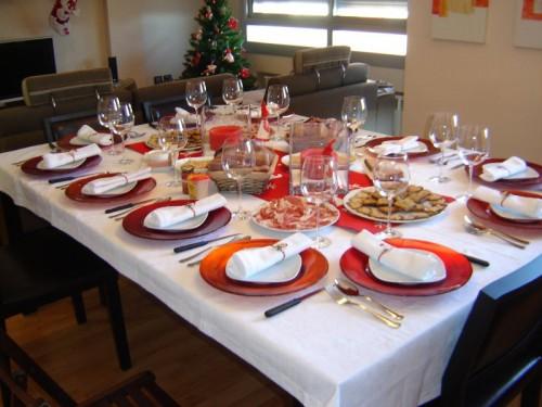 Alba hogar mes de las comuniones for Mesas para navidad