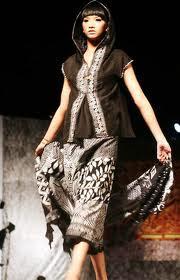 Model Busana Batik Modern