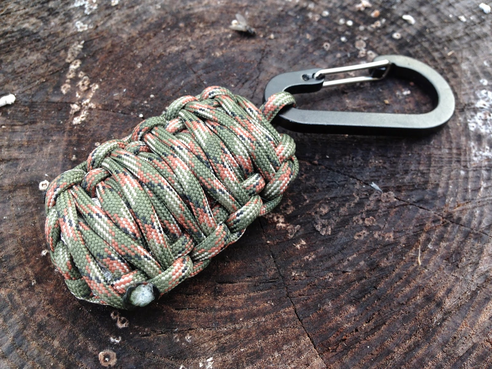 survival and preparedness from paracord