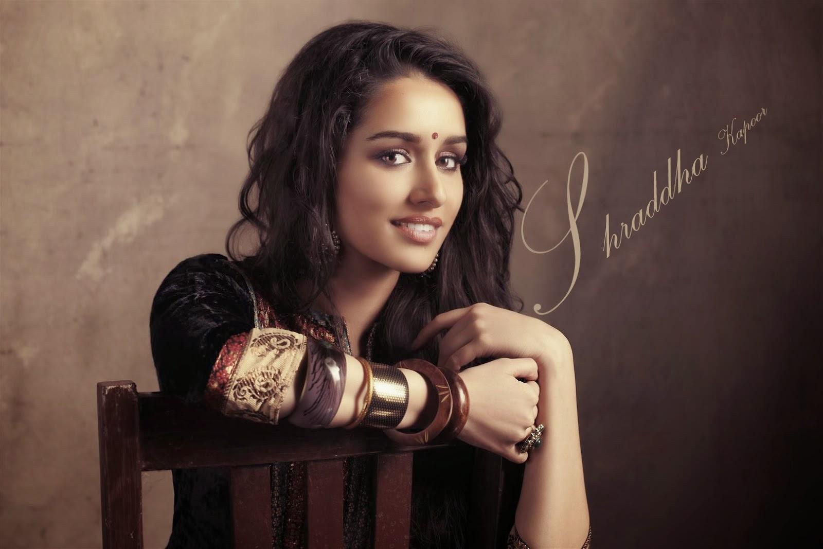 Shraddha Kapoor Indian Actress Hot Photo