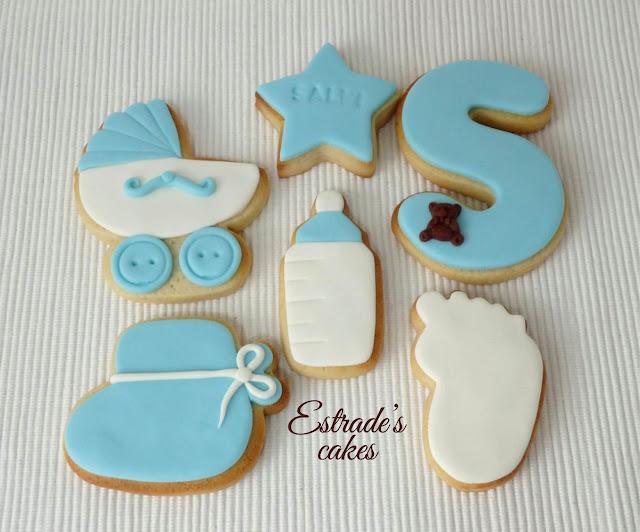 galletas de bebe en azul, hechas con fondant 2