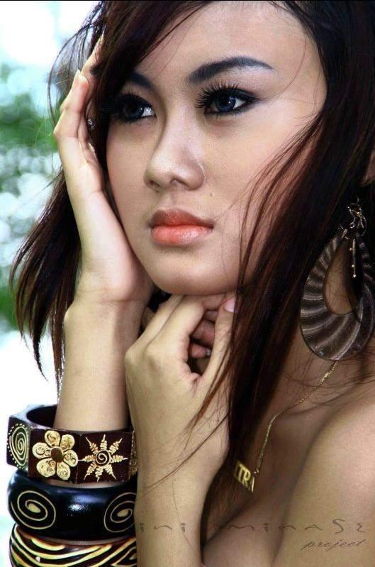 Gambar Model Cantik Bugil