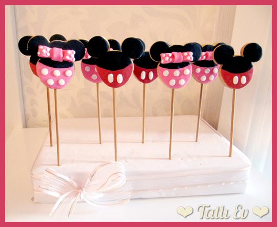 Mickey ve Minnie Mouse Temalı Çubuk Kurabiyeler